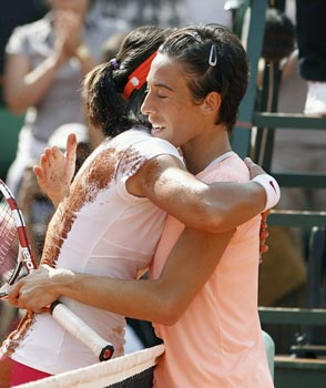 Tennis: La Schiavone si arrende. Nadal batte Federer