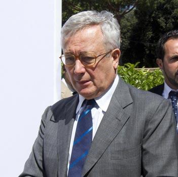 Fisco, Tremonti: «Tre aliquote contro l'evasione»