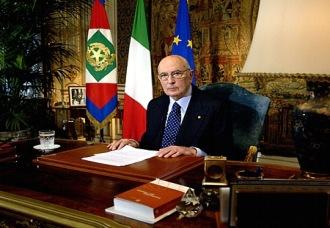 Giallo sulla manovra, Napolitano: «Il testo arrivato solo oggi»