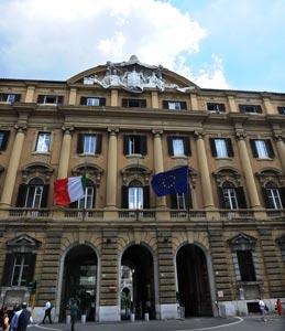 Prestiti decennali: anche l'Italia scivola in basso