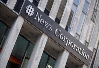 La Gran Bretagna trema, muore cronista di Murdoch