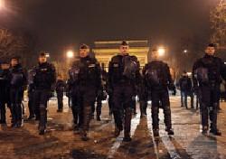 Francia, vietata elemosina sugli Champs-Elysees