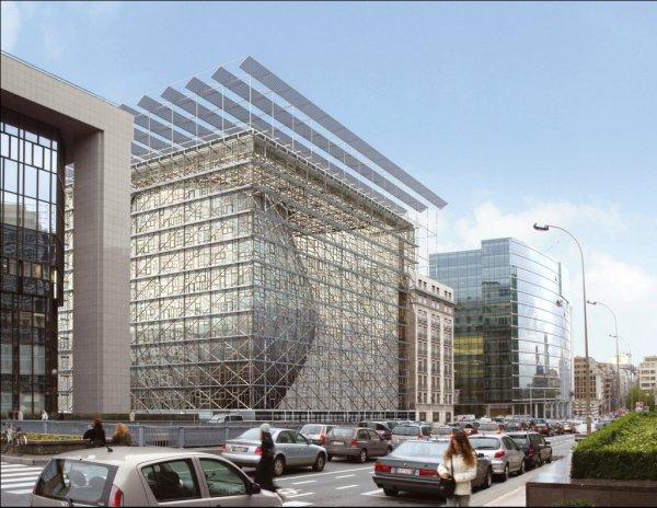 Pensioni: trovato accordo, Berlusconi a Bruxelles