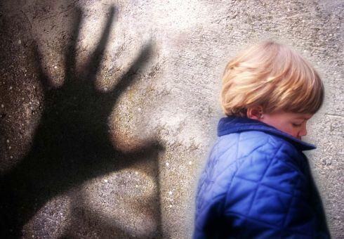 Dalla Ue pene più severe per abusi su minori