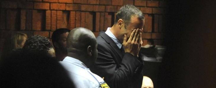 """Pistorius in lacrime in aula. I giudici """"resti in carcere"""""""