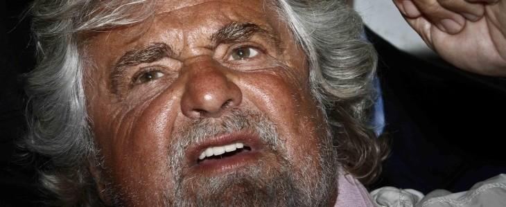 Grillo attacca: Bersani è un morto che parla