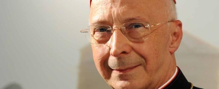 Crisi: il cardinale Bagnasco insorge per gli indugi della politica