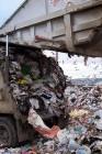 Rifiuti, Napoli sommersa. Oltre mille tonnellate in strada