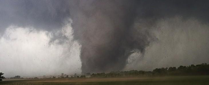 Tornado killer a Oklahoma City: città distrutta