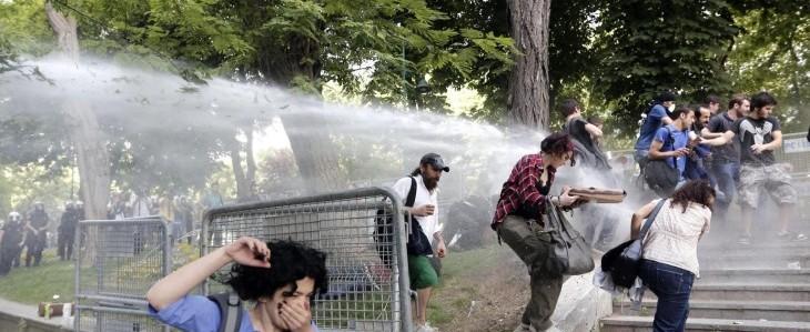 """Erdogan, tolleranza zero: """"Taglieremo gli alberi a Gezi Park"""""""