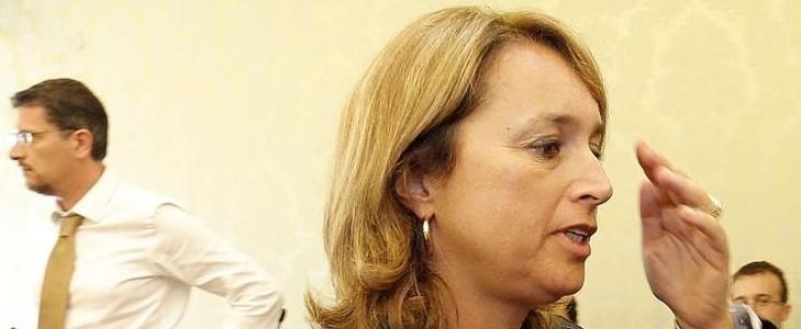 M5S PROCESSA GAMBARO; CAOS MOVIMENTO MA SCISSIONE CONGELATA