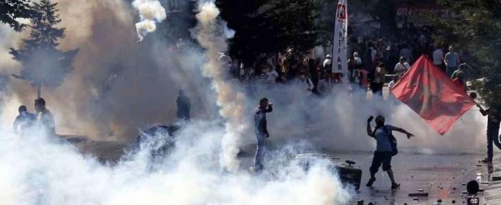 Turchia, continuano gli scontri: salgono a cinque i morti