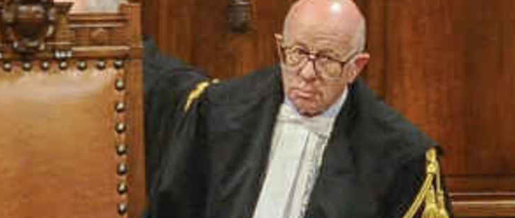 Bufera sul giudice Esposito e la sua intervista