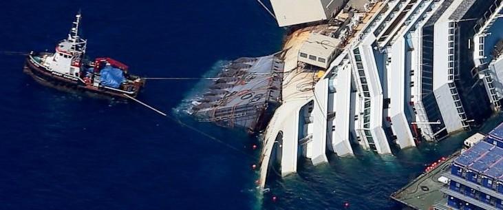 Iniziata la rimozione della Costa Concordia