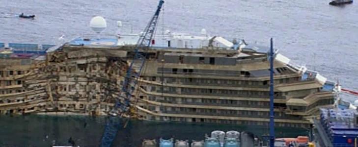 Costa Concordia: missione compiuta. Rotazione conclusa dopo 19 ore di lavoro