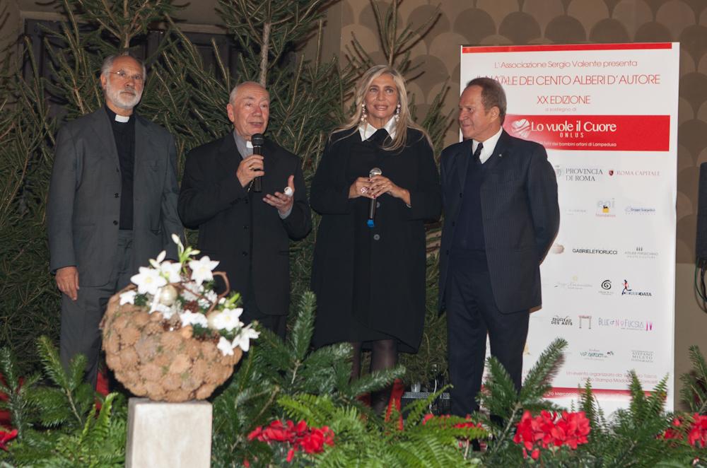 Don sergio Mercanzin Cardinale Francesco Coccopalmerio Mara Venier Sergio Valnte