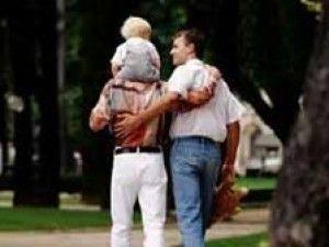 A Bologna bimbo di tre anni affidato a coppia gay