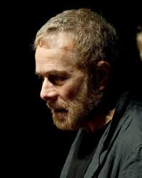 """Gabriele Lavia al Teatro Argentina: """"I pilastri della società"""""""