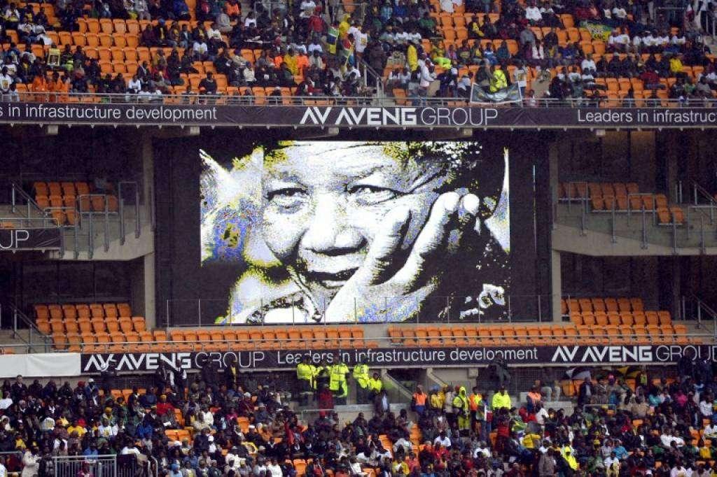 Sudafrica, il mondo si unisce per l'addio a Nelson Mandela