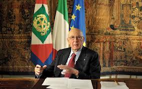 Napolitano: presto via dal Colle. Grillo grida all'impeachment