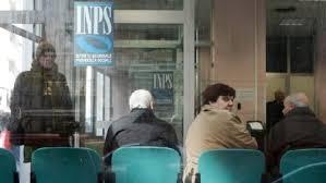 Inps: in cinque anni crollo del potere d'acquisto delle famiglie