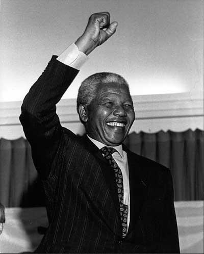 Addio Nelson Mandela. Muore l'ultimo grande del XX secolo
