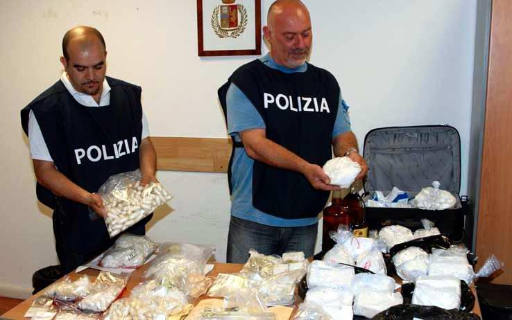 Droga, maxi sequestro di coca: 19 persone arrestate
