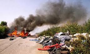 Ambiente: d'ora in poi i roghi dei rifiuti sono reato