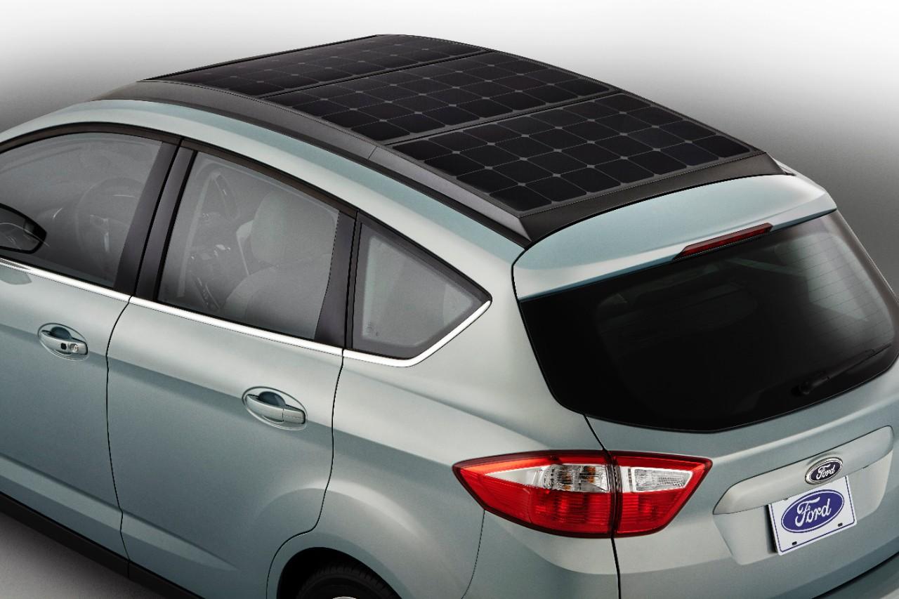 La nuova Ford C-Max diventa a pannelli solari