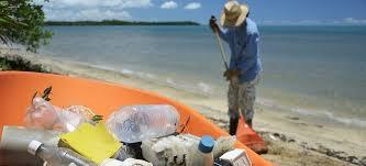 Plastic Bank, un progetto 'sociale' per chi ricicla plastica