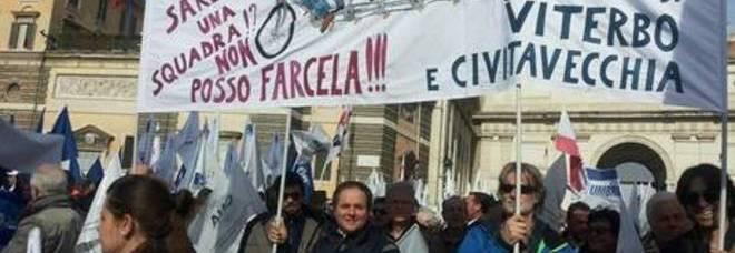 La rabbia di artigiani e commercianti in piazza a Roma