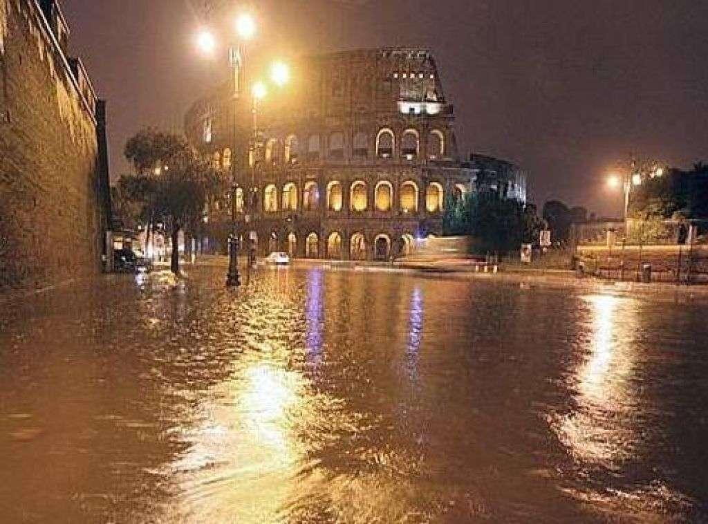 Nubifragio su Roma. Opposizione: