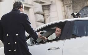 Governo, Renzi spiazza tutti sui tempi: alle 16 al Colle con lista dei ministri