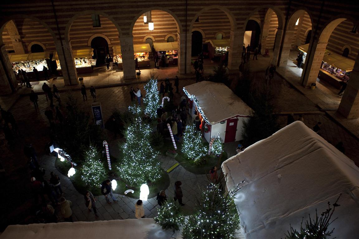 Tosi, via i barboni dal centro di Verona