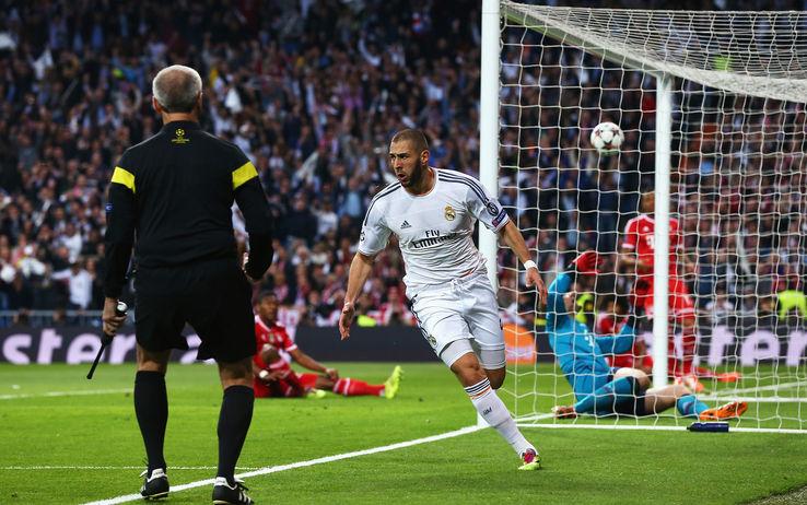 Palla al Bayern, vittoria al Real. Benzema decide la supersfida