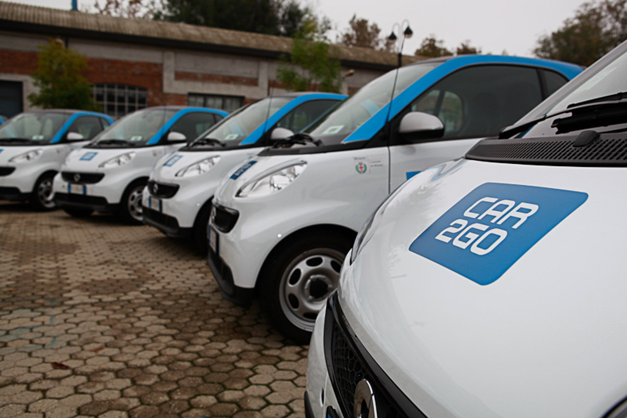 Roma: arrivano le Smart Car2Go