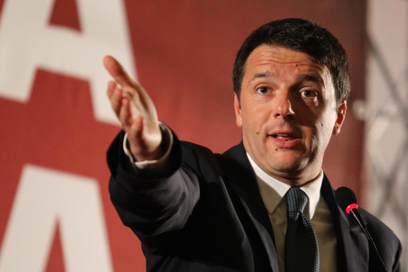 Renzi: niente ricatti. Priorità all'economia. Pronto il Def