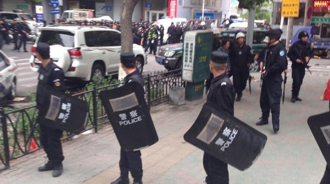 Attentato in Cina: 31 morti nello Xinjiang