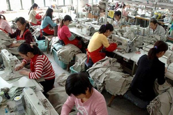 Disoccupato italiano chiede lavoro ai cinesi