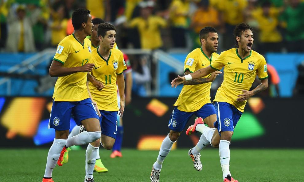 Il Brasile vince a fatica e con l'