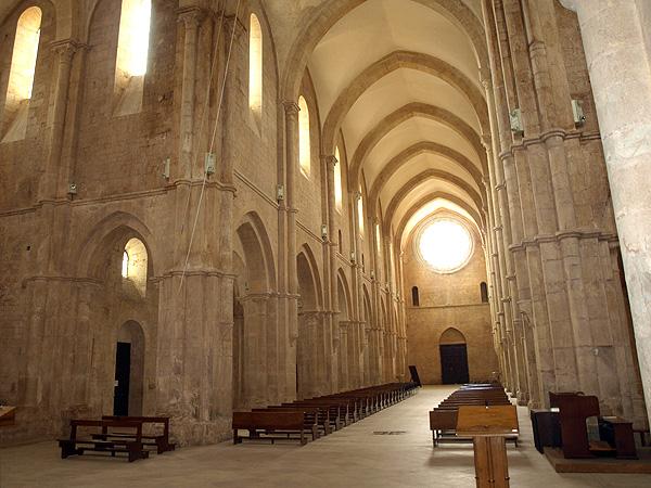 L'abbazia di Fossanova e il Museo di Piana delle Orme