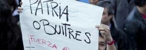 """""""Patria o Avvoltoi"""", lo slogan più gettonato in Argentina"""