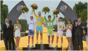 Tutte le maglie del Tour2014: Pinot (bianca), Nibali (gialla), Sagan (verde), Majka (a pois)