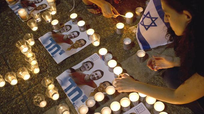 Israele piange i suoi ragazzi e giura vendetta