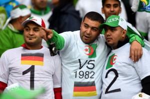 """Tifosi algerini ricordano il """"biscotto"""" dell''82"""