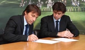 Conte e Andrea Agnelli alla firma del contratto