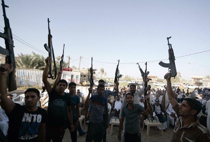 L'Iraq diviso tra Al-Qaida e il Califfato