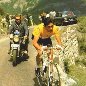 Eddy Merckx fa il vuoto in uno dei suoi 5 Tour