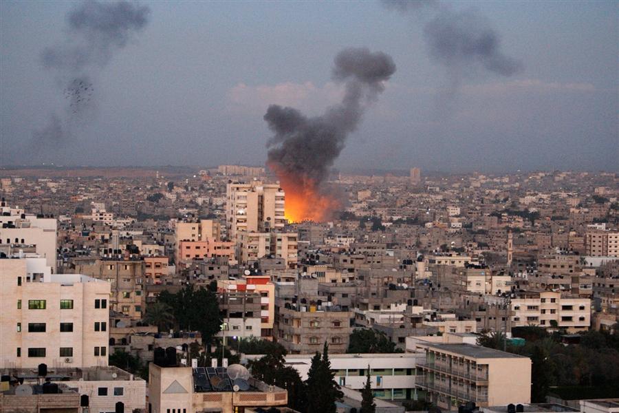 Gaza: tregua immediata e senza condizioni. Ma si muore ancora