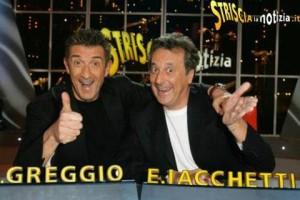 """Ezio Greggio con Enzo Iacchetti a """"Striscia la notizia"""""""